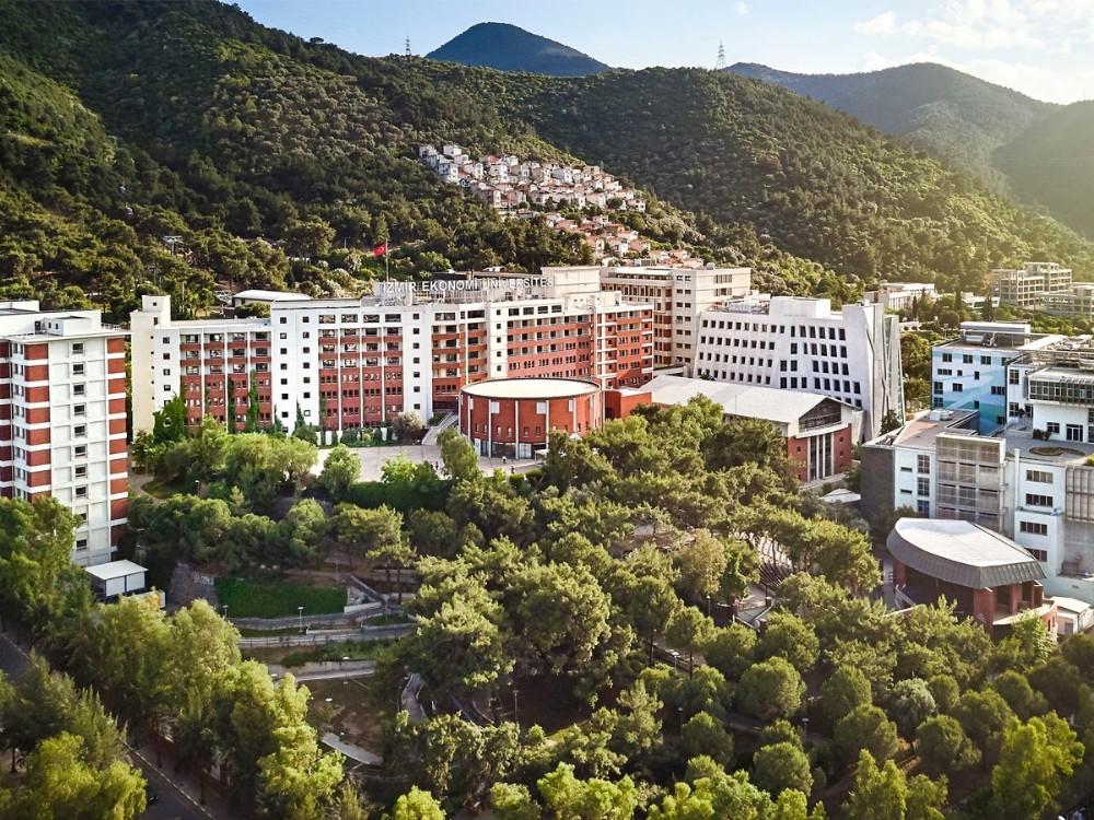 İzmir Ekonomi Üniversitesi Ücretler